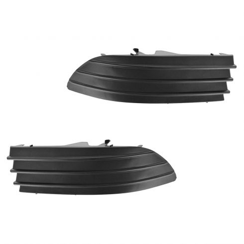 04-05 Toyota Sienna Front Bumper Mounted Lower Fog Light Cover PAIR