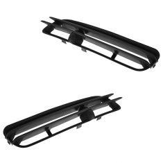 98-00 Volvo S70, V70 (w/o Fog Lights) Front Bumper Mounted Lower Outer Grille Pair (Volvo)
