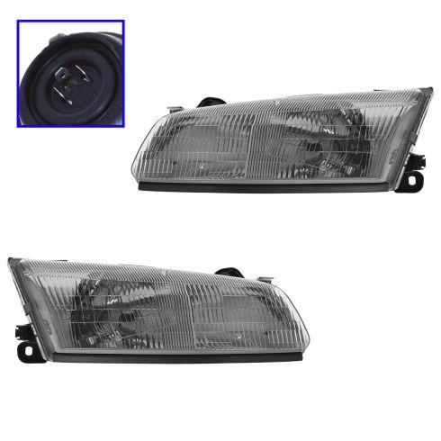 1997 99 Toyota Camry Headlight Pair