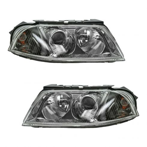 Volkswagen Pat Headlight Pair