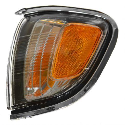 New TO2521161 Passenger Side Corner Light for Toyota Tacoma 2001-2004