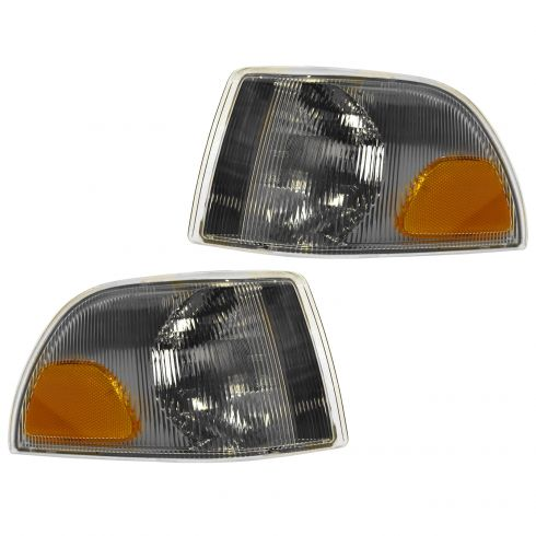 98-00 Volvo 70 Series; 01-02 Volvo 70 Series Cpe & Conv Fdr Mtd Parking Light PAIR