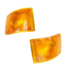 90-02 International 3000, 3600, 3800, 4700, 4800, 4900, 8100 Series Frnt Turn Signal Lens & Hsg PAIR