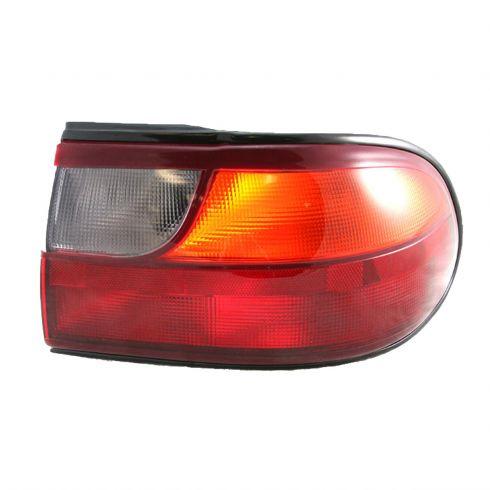 97 05 Chevrolet Malibu 1 4 Mtd Taillight Rh