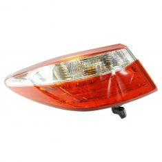 15 Toyota Camry; 16 Camry (w/Clear Reverse Lens) Outer 1/4 Panel Mounted Taillight LR