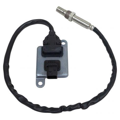 13-19 HD Trk w/8.3L-15.6L Cummins (Tailpipe Mtd) 12V NOX Sensor Outlet of DPF (DM)