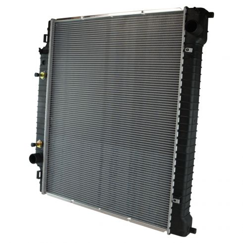 04-14 E150, E250; 04-05 E350 (w/1/2 In TOC Connections) Radiator