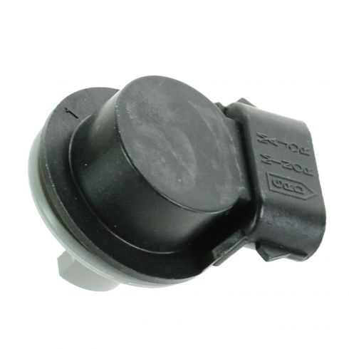 90-05 Ford; 98-05 Lincoln; 97-03 Mercury Front Parking Light, Rear Taillight 3 Terminal Socket L = R
